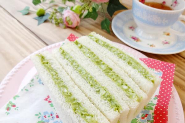 生青汁サンドイッチ
