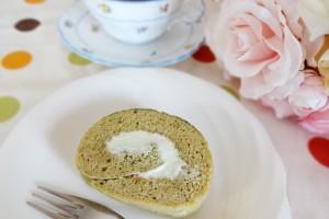 生青汁ロールケーキ1